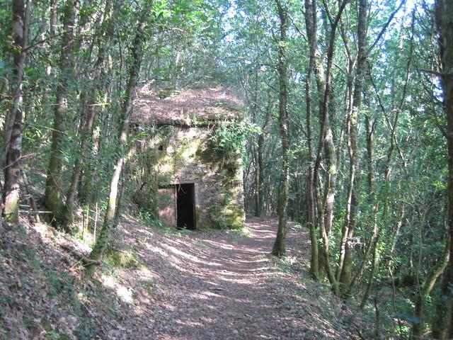 Pazo de San Cristovo en el PR-G 93 Ruta da Ribeira do Ulla