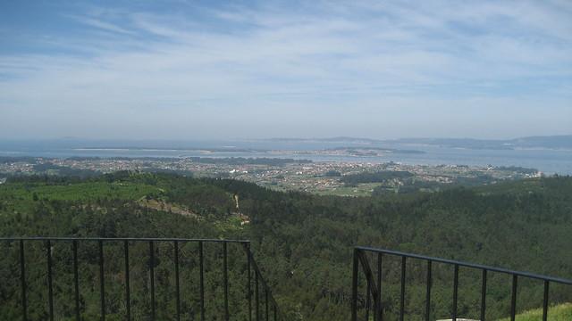 Ría de Arousa en el PR-G 126 Ruta dos Miradoiros Lobeira - Faro das Lúas