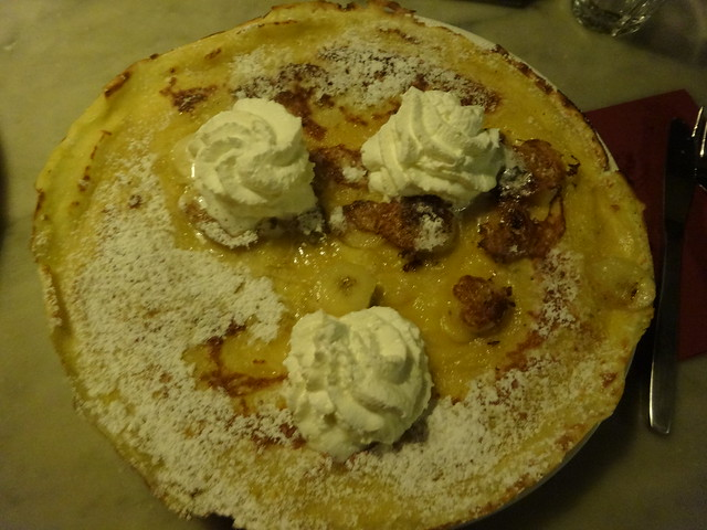 Banana rum and whipped cream, Pancake Bakery