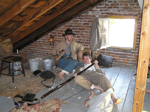confederates in the attic chapter 10 When looking for books on reenacting confederates in the attic: dispatches from the unfinished civil war by tony horowitz he comes back to reenacting in chapter 6, where he participates in a reenactment event of a more typical variety.