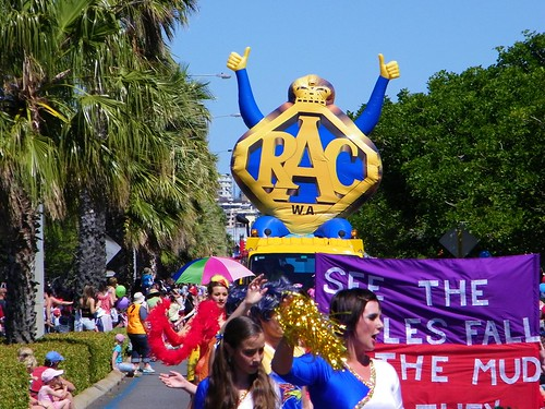 2008 RAC Channel Seven Christmas Pageant with the City of Perth | by Michael_Spencer