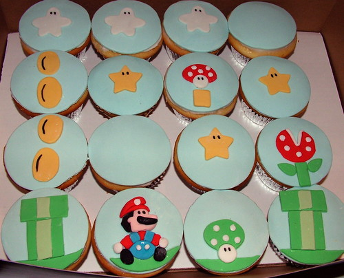 Super Mario Cupcakes | by ToodlesJupiter