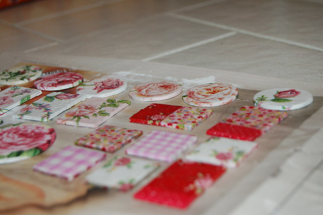 Decoupage | Napkins and decorating with paper