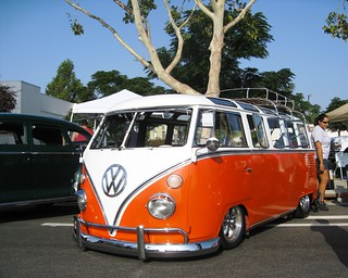 VW 21 Window Bus | by MR38.