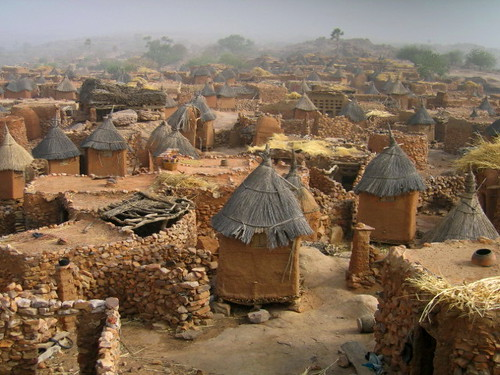 Dogon village...or Hobbit village... | by Give-on