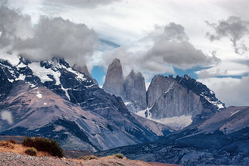 Torres del Paine | by Tati@