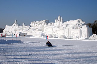 The world's largest snow sculpture,  'Romantic feelings', at the Harbin Ice and Snow Festival 2008 | by EmmaJG