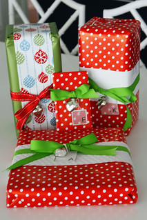 gift wrap Christmas 2008 | by cupcakes & cartwheels