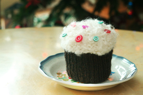 Knitted Cupcake | by Quixotic Pixels