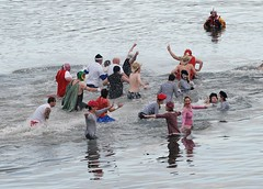 Loony Dook South Queensferry 2009 | by Gerry Hill