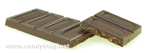 Swiss Army Energy Bar Chocolate - Dark Chocolate with corn flakes & guarana | by cybele-