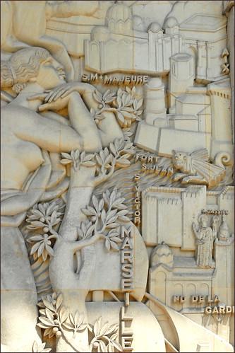 Marseille sur le bas-relief d'Alfred Janniot (CNHI)