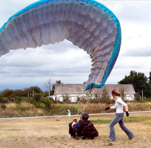 Paraglider Lesson at Garry Pint | by bluegoose0fox
