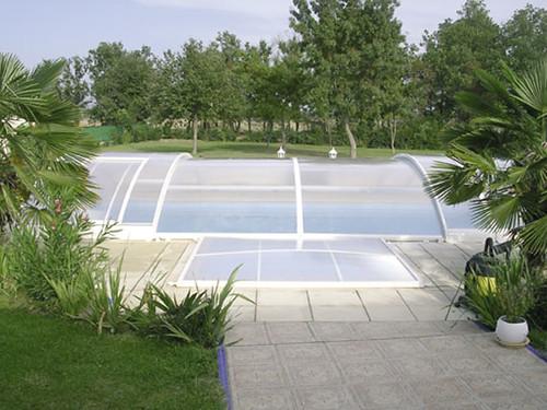Abris piscine coulissant quel tarif pr voir for Parlons piscine
