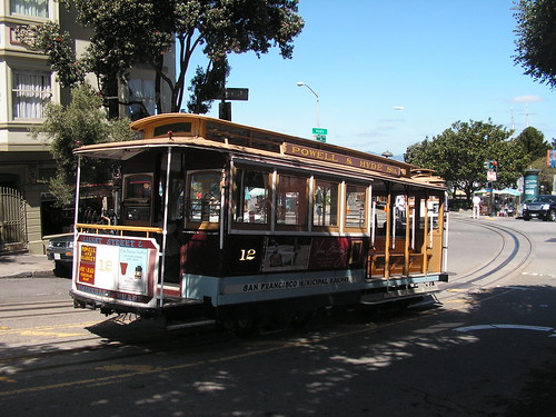 Famous cable car in San Francisco | by Wouter Kiel