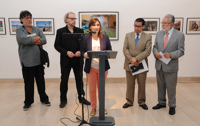 EXPOSICION FOTOGRAFICA DE DANIEL MORDZINSKI EN LA CASA DE LA PROVINCIA