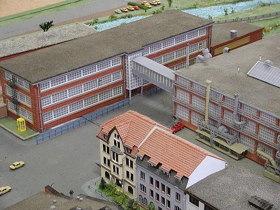 Miniature VEB Automobilwerk Eisenach