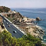 CALELLA_DE_MAR_Barcelona_3125_Carretera_y_playa_Roca_Grossa