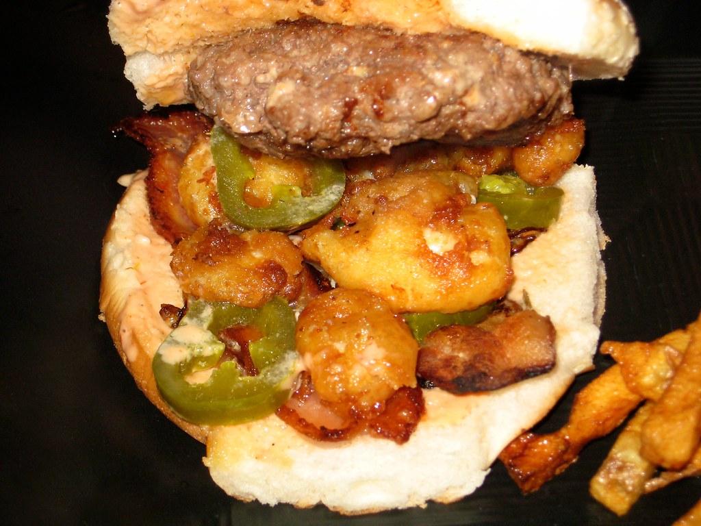 Cheesecurdburger - Insides