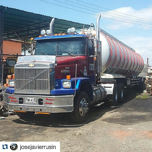 #repost @josejavierrusin with @repostapp. Chevrolet Super Brigadier from Colombia