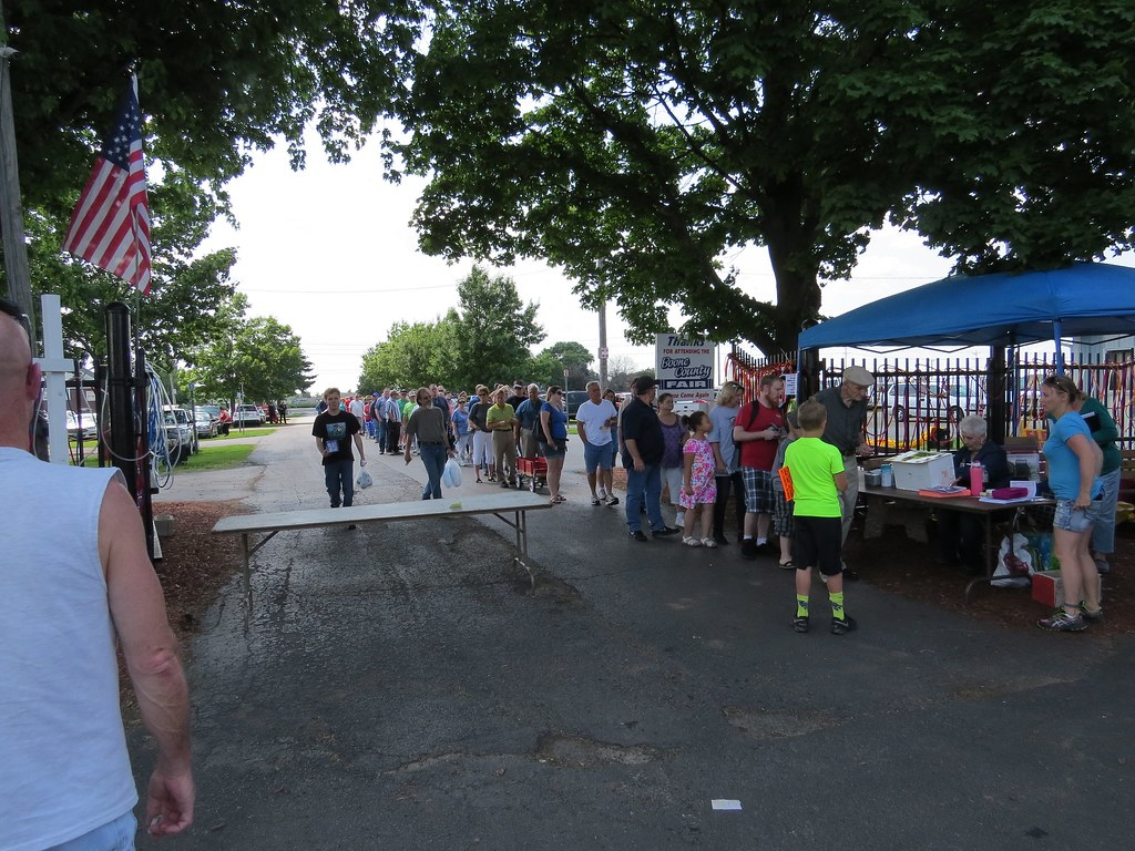 Belvidere IL Mid-Night Flea Market 2015