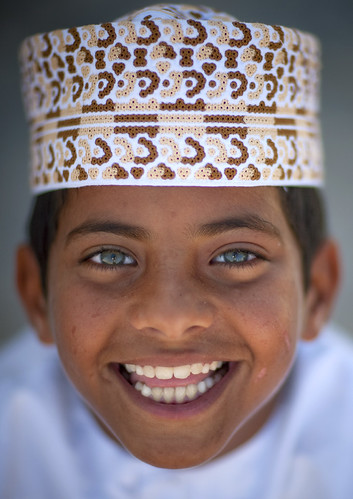 Blue eyed kid in Masirah Island , Oman | by Eric Lafforgue