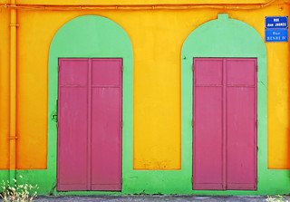 more colorful caribbean house | by Zé Eduardo...