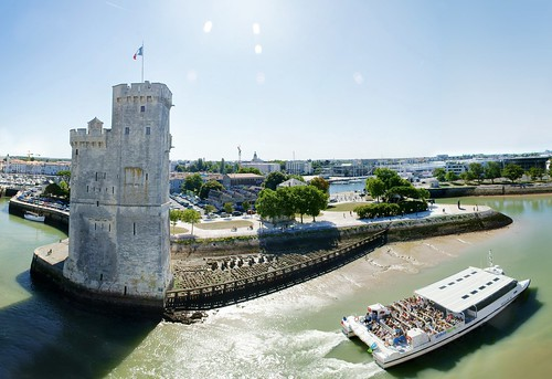 La Rochelle, Ferryboat @ Tower | by lambertwm