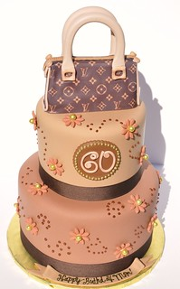 Louis Vuitton Purse Cake | by thecakemamas