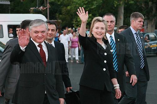 Edward Nalbandian, Hillary Clinton