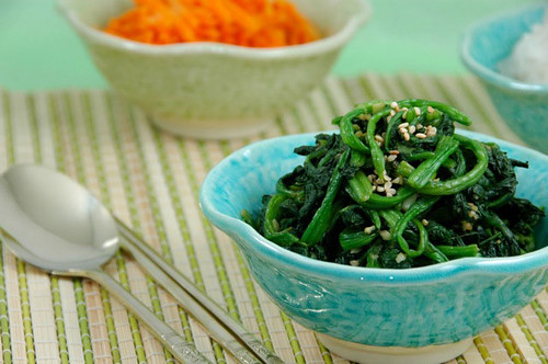 Irene Loi's spinach side dish | by maangchi