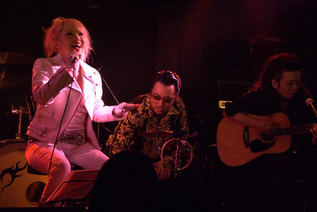acoustic BAKUBENI live at Yotsuya Outbreak, Tokyo, 21 Jul 2010. 019