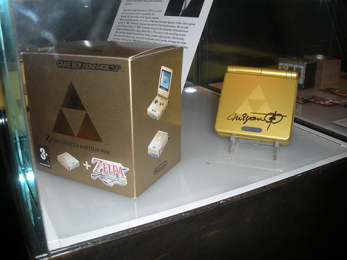 Zelda Limited Edition Pak Game Boy Advance SP. | by LegoDad42