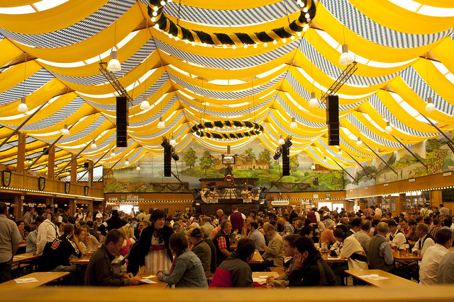 Augustiner Tent, Oktoberfest 2010