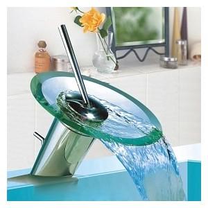 robinet-mitigeur-chrome-de-salle-de-bain-type-cascade