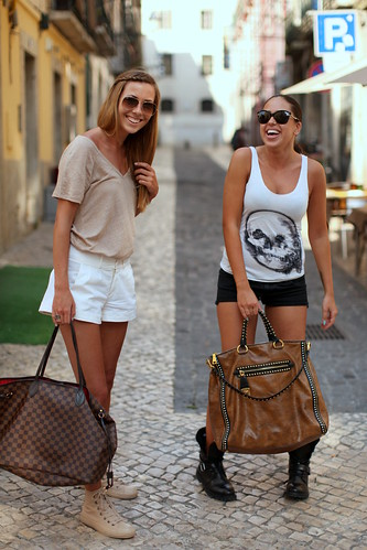 Shorts & bags (South African girls) | by oalfaiatelisboeta