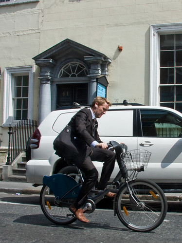 Dublin Cycle Chic - Suitable | by Mikael Colville-Andersen