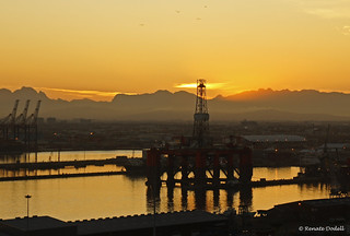 Sunrise in Cape Town | by Renate Dodell
