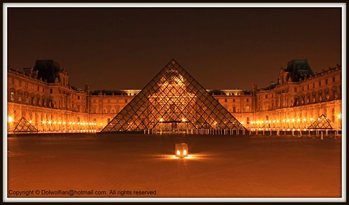 Paris , Louvre Pyramid | by Dolwolfian