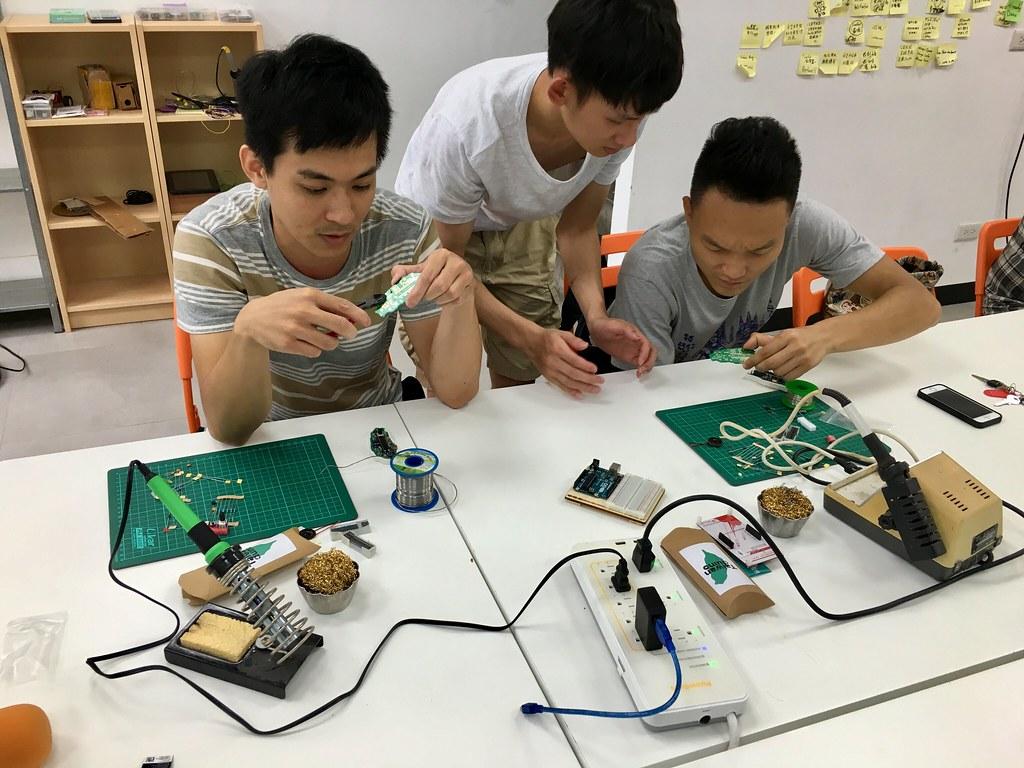 Taiwanduino 組裝工作坊