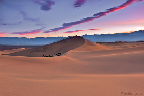 Lights Last Kiss, Mesquite Dunes, Death Valley National Park | by Jared Ropelato
