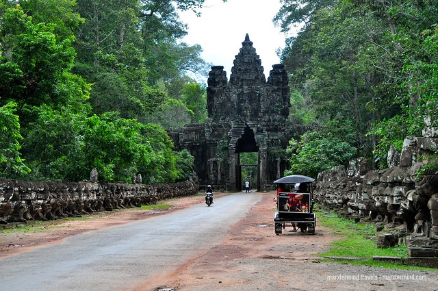 Victory Gate Angkor Park Siem Reap