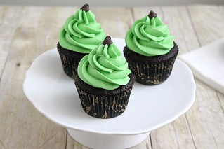 Mint Chocolate Chip Cupcakes | by Tracey's Culinary Adventures