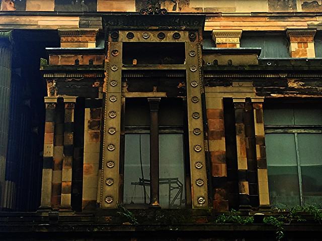 Exterior architectural detail at St Vincent St Church, Glasgow