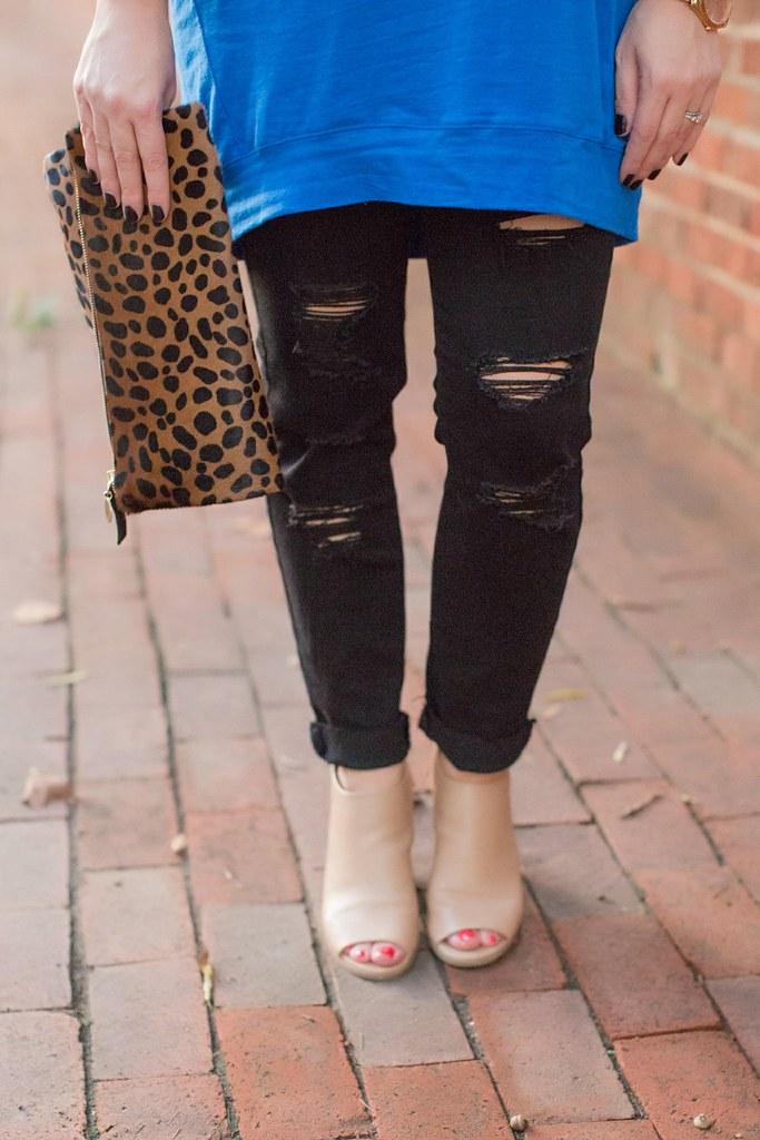 Head to Toe Chic-Slouchy Tunic Worn 2 Ways-@akeeleywhite