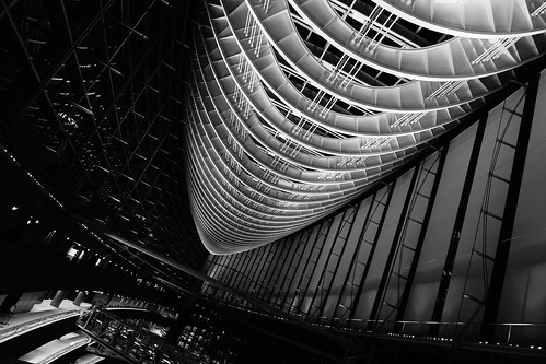 std. High Contrast Monochrome Tokyo International Forum 07