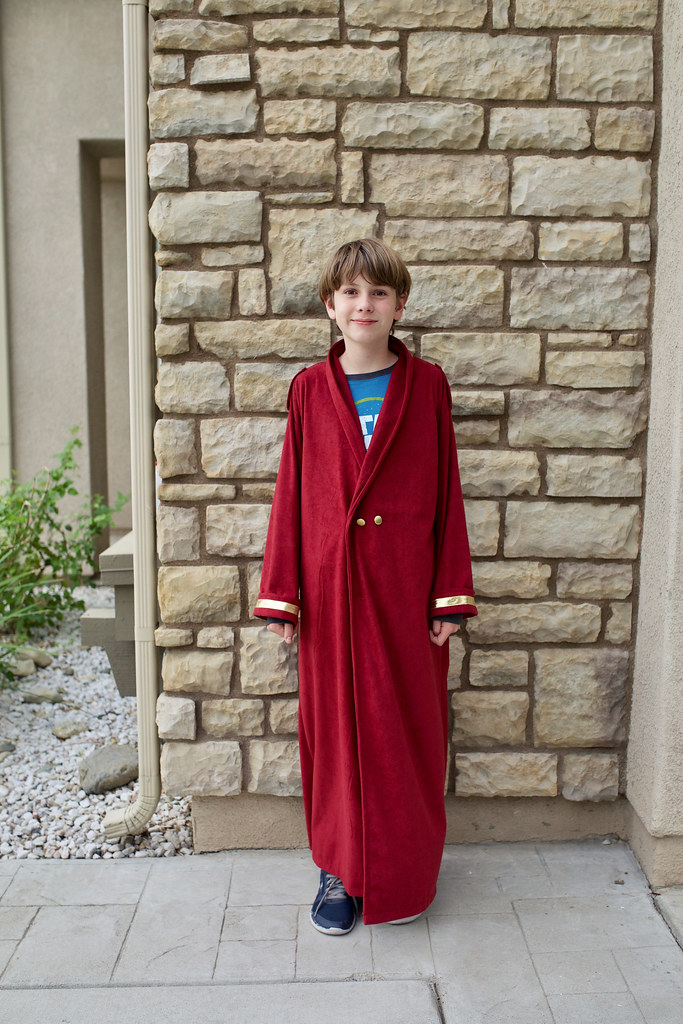 Rathmatist Robe
