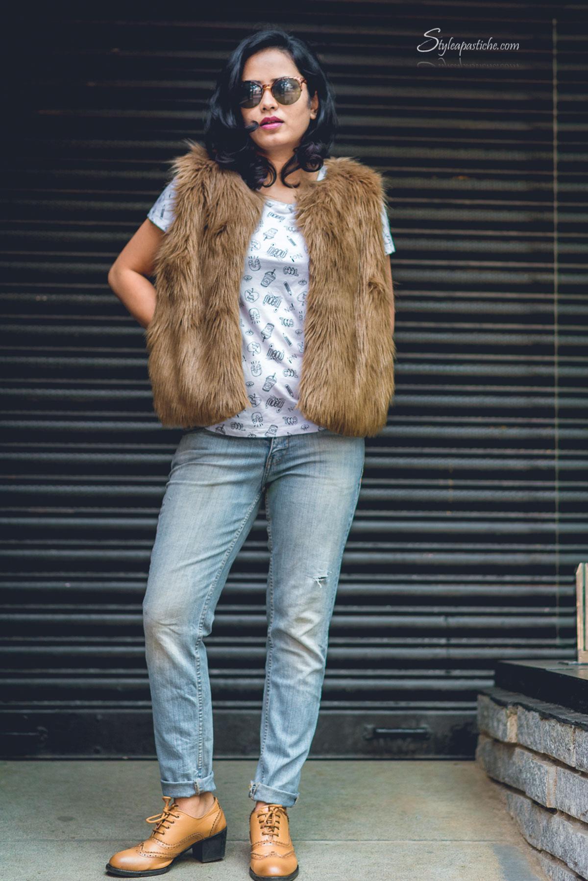 Indian Fashion Beauty Lifestyle Blog Styleapastiche, Indian Streetstyle winterwear ootd fur coat and velvet, how to wear fur coat and velvet for winter, two ways to wear fur coat in winter