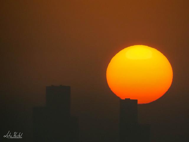 Abu Dhabi Skyline Sun