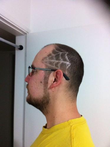 Teia de aranha - corte de cabelo